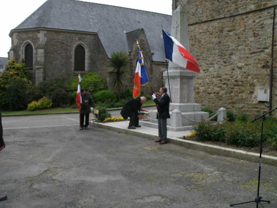 Commémoration du 8 mai 1945 depotdelagerbe