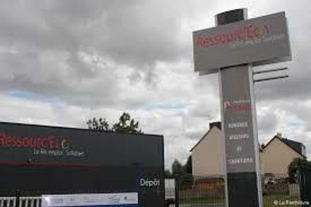 La ressourcerie « Ressourc'ECO » ouvre dans la zone de Lanjouan à Lamballe 0