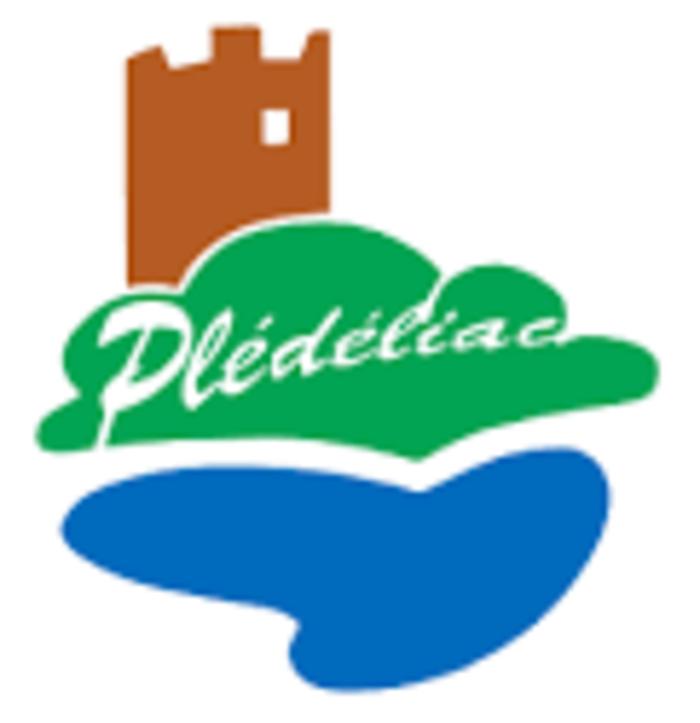 Appel aux dons de photos et de cartes postales de Plédéliac 0