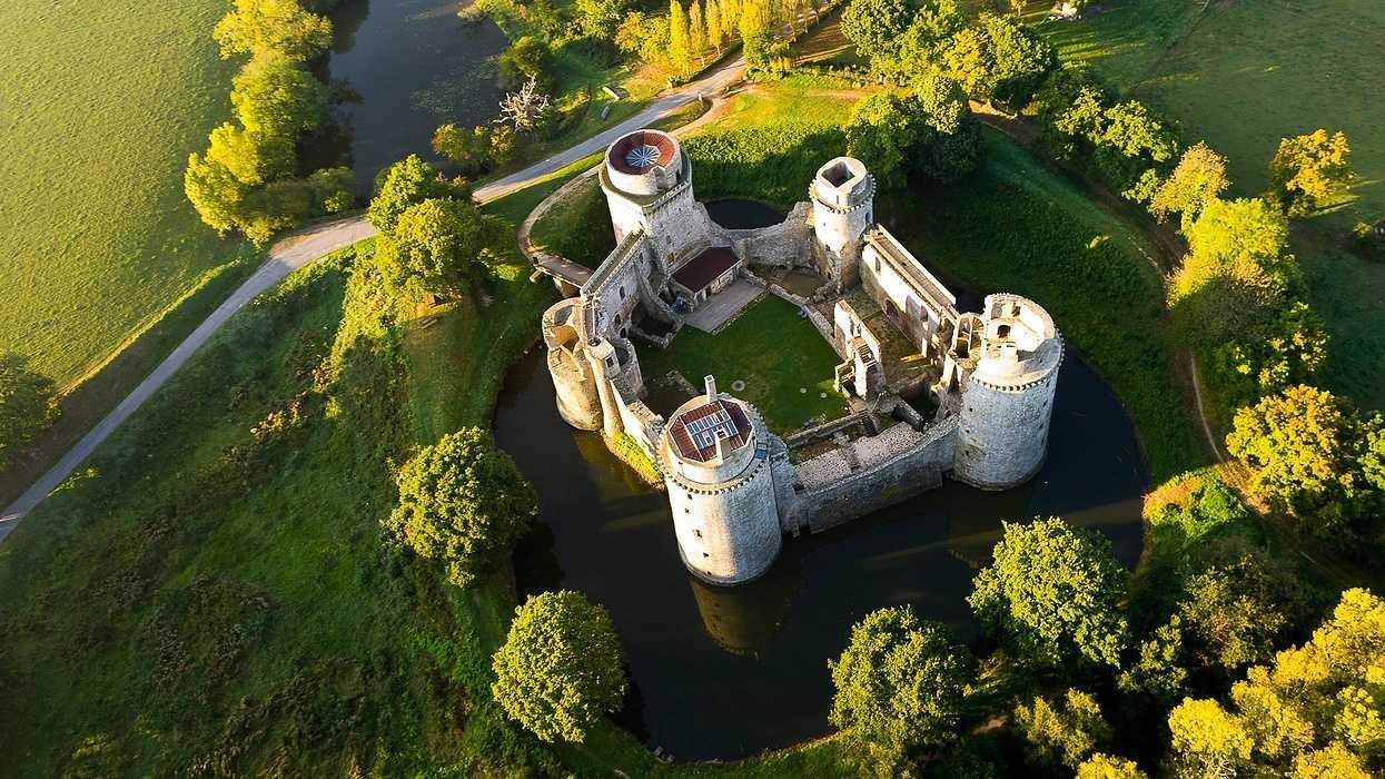 Château de la Hunaudaye 0