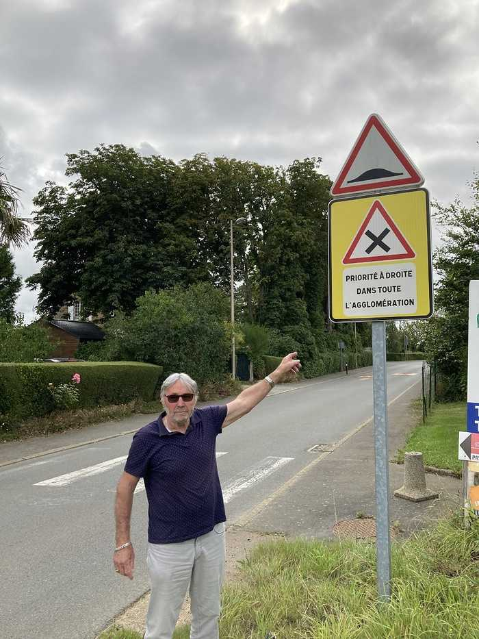 Changement des règles de circulation dans le bourg 0